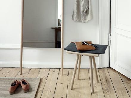 taburetter i tr i connox interi rshop. Black Bedroom Furniture Sets. Home Design Ideas