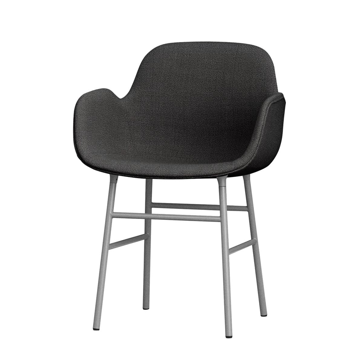 Normann Copenhagen – Form armstol med stålben (polstret), grå (Breeze Fusion 4001)