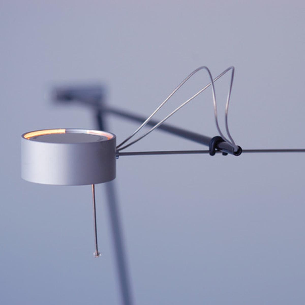 absolut lighting bordlampe. Black Bedroom Furniture Sets. Home Design Ideas