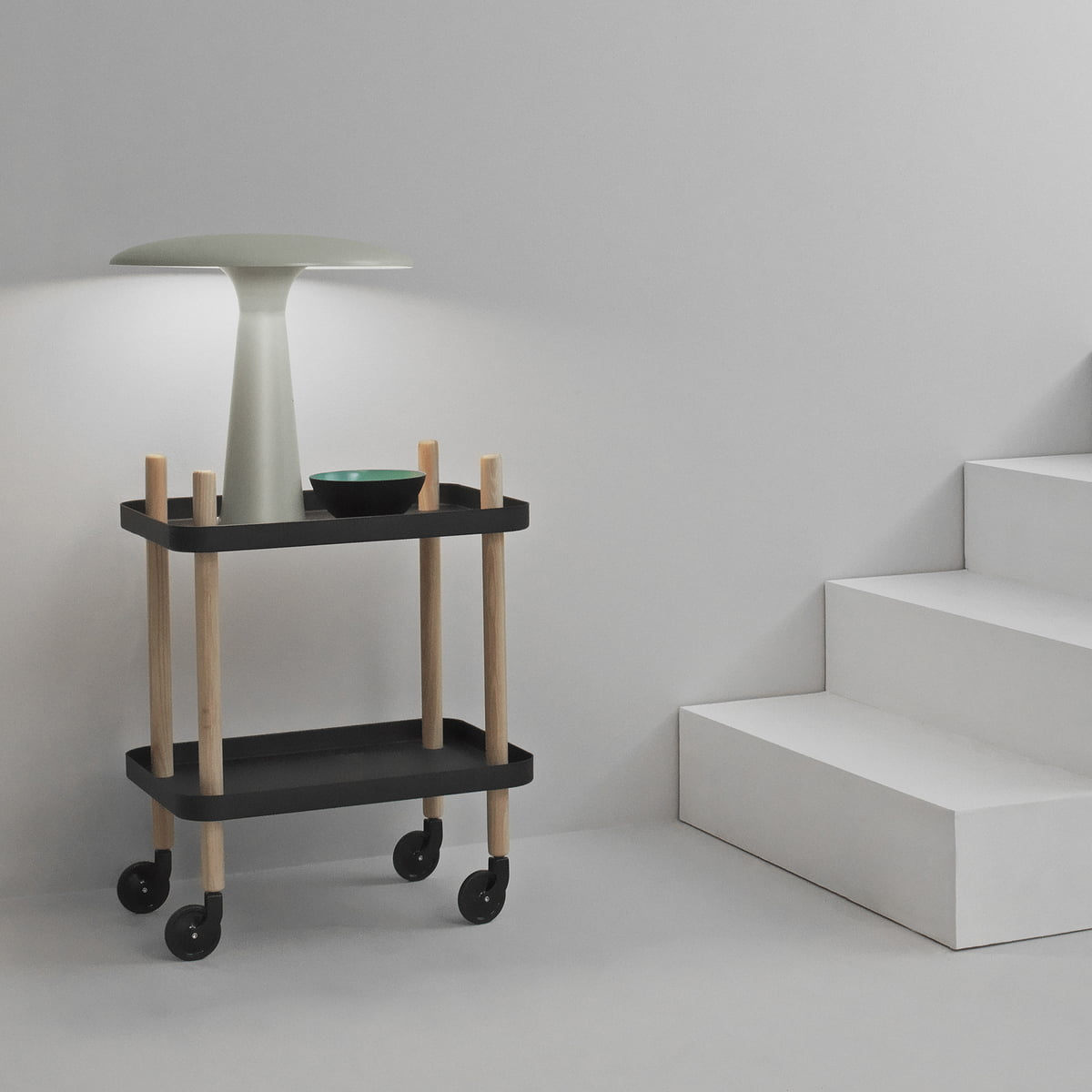 shelter bordlampe fra normann copenhagen. Black Bedroom Furniture Sets. Home Design Ideas