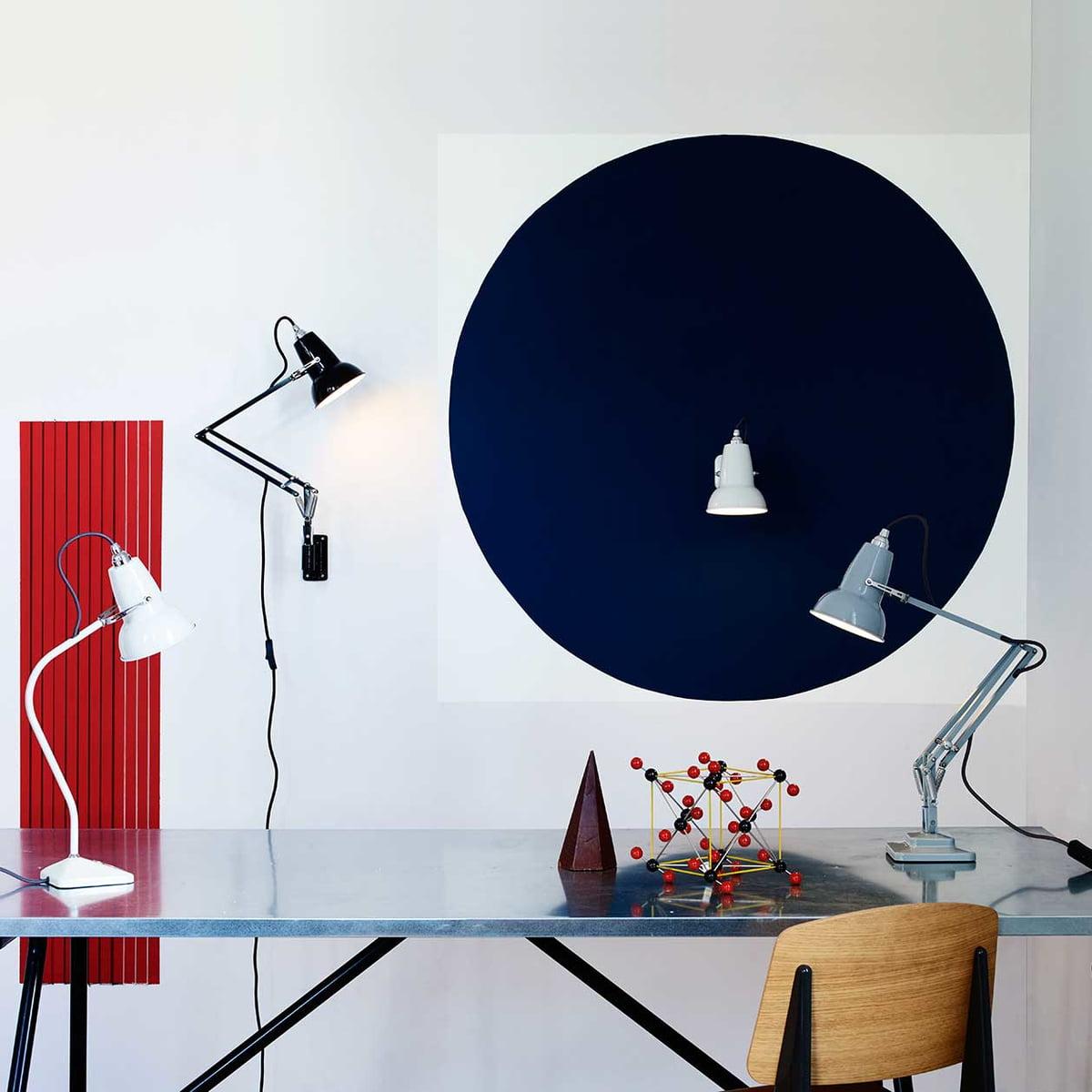 de 25 bedste ideer inden for swirls pa pinterest design a space online Anglepoise-Original-Tischleuchte-hellblau--Schreibitsch-Ambiente.jpg