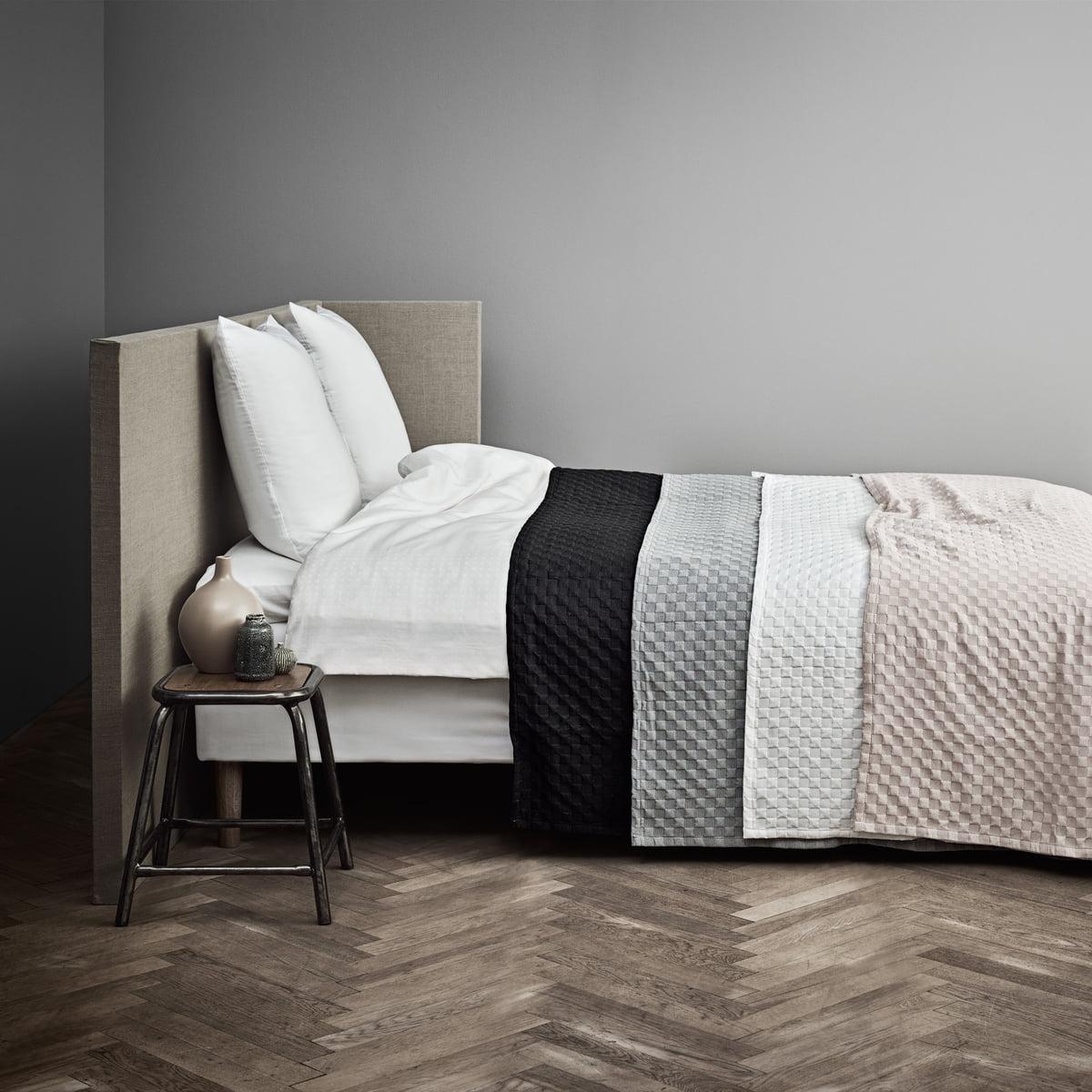 caro senget ppe fra juna connox interi rshop. Black Bedroom Furniture Sets. Home Design Ideas