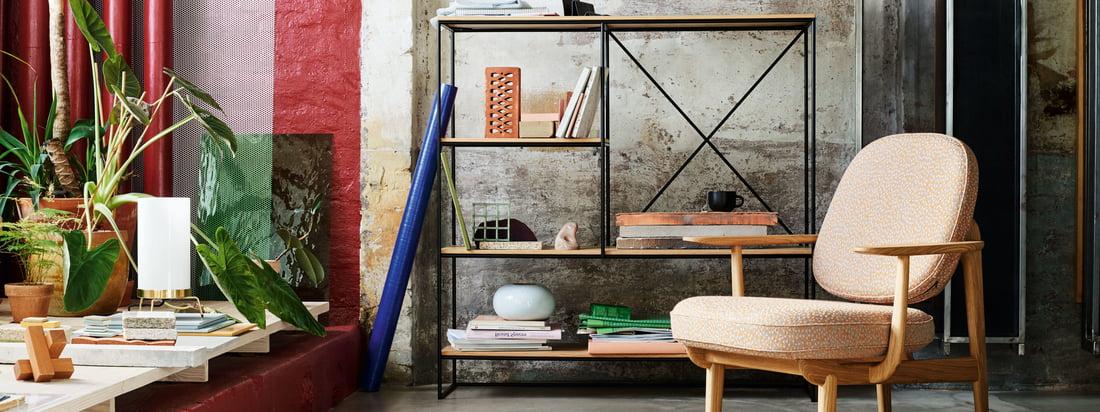 Fritz Hansen er en dansk møbelproducent. Stol 7-stolserien og Æggestolen med deres karakteristiske form er sandsynligvis blandt virksomhedens mest kendte design.