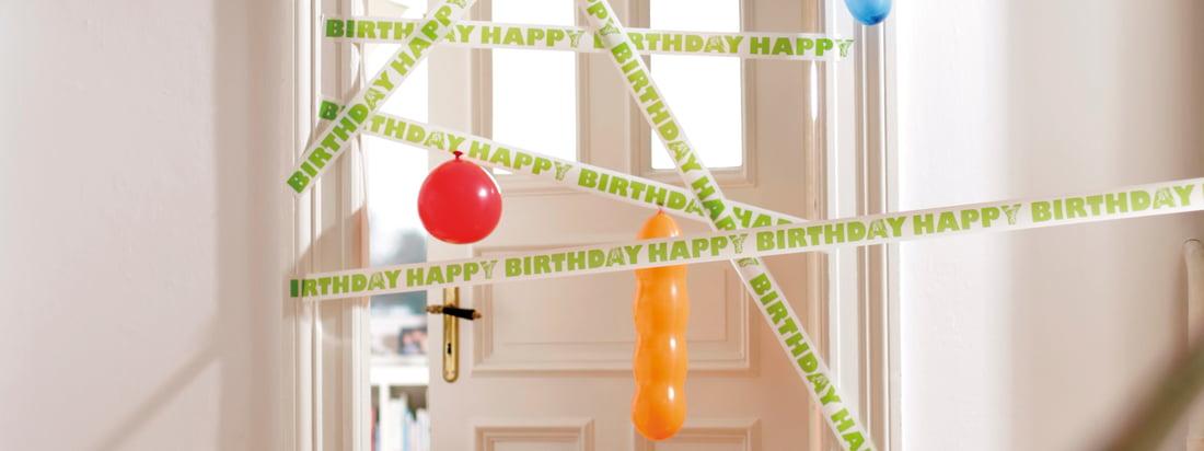 """Den tyske virksomhed Donkey Products producerer originale, humoristiske produkter. For eksempel gavebånd med forskellige tekster som """"Happy Birthday""""."""