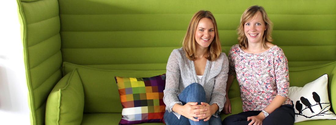 Anja og Sabrina er ansvarlige for Connox Interiørshops blog. Anja kommer fra marketingafdelingen, mens Sabrina arbejder i produktafdelingen.
