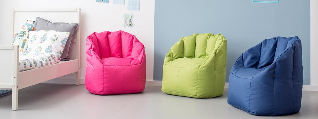 Sitting Bulls mini Shell lænestol fås i flere børnevenlige farver. Børnesækkens sækkestol er ikke bare et glædeligt stænk af farver, det er også særligt let at tage sig af takket være det robuste polytex-stof - ideelt til børneværelset.