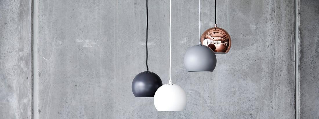 Ball lampeserien er en tidløs klassiker af skandinavisk lampedesign. Designet i 1986 af Benny Frandsen forfulgte det originale design et enkelt mål: at bringe lys ind i mørket og på en stilfuld måde.