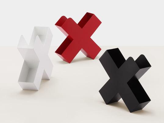 Mox Bukan avisholderen er en elegant magasinordner. Charles O. Job har designet den således, at den rummer mere, end man forventer.