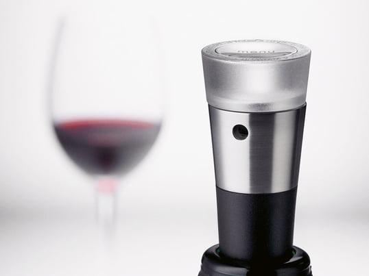 Vacuum vinproppen fra Menu fra Vignon-serien forlænger din vins levetid betydeligt. Serien indeholder ud over vakuumproppen også en skænkeprop, folieskærer og proptrækker.