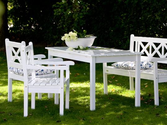 Skagen bænken, Skagen bordet og Skagen stolen er hårdføre havemøbler fra Skagen serien og et klassisk eksempel på tidløst, skandinavisk design.
