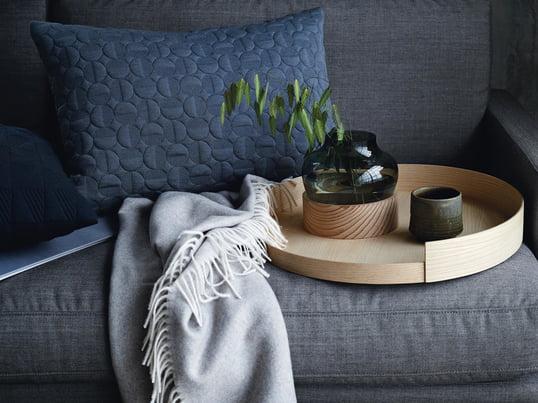 Objects kollektionen fra Fritz Hansen går primært ud på enkelt, simpelt og feminint boligtilbehør, som alt sammen er udført med udsøgt håndværksmæssig kunnen og i bedste kvalitet.