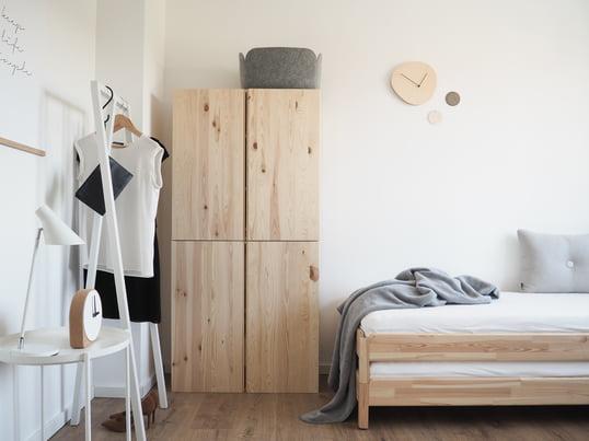 Find den rigtige balance af varme farver og kølige nuancer skabes et rum, hvor dine gæster kan slappe af.