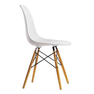 Vitra – Eames Plastic Side Chair DSW, gullig ahorn/white