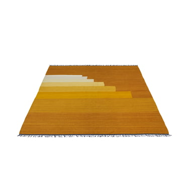 Another Rug AP3 Tӕppe, 170 x 240 cm fra &Tradition i yellow amber