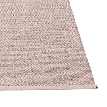 Pappelina - Svea tæppe, 140 x 220 cm, lilla metallisk / lys rose