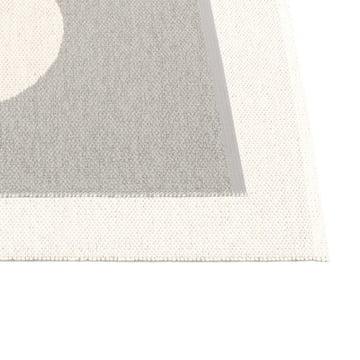 Vera Vendbar tæppe af Pappelina i grå / vanilje.