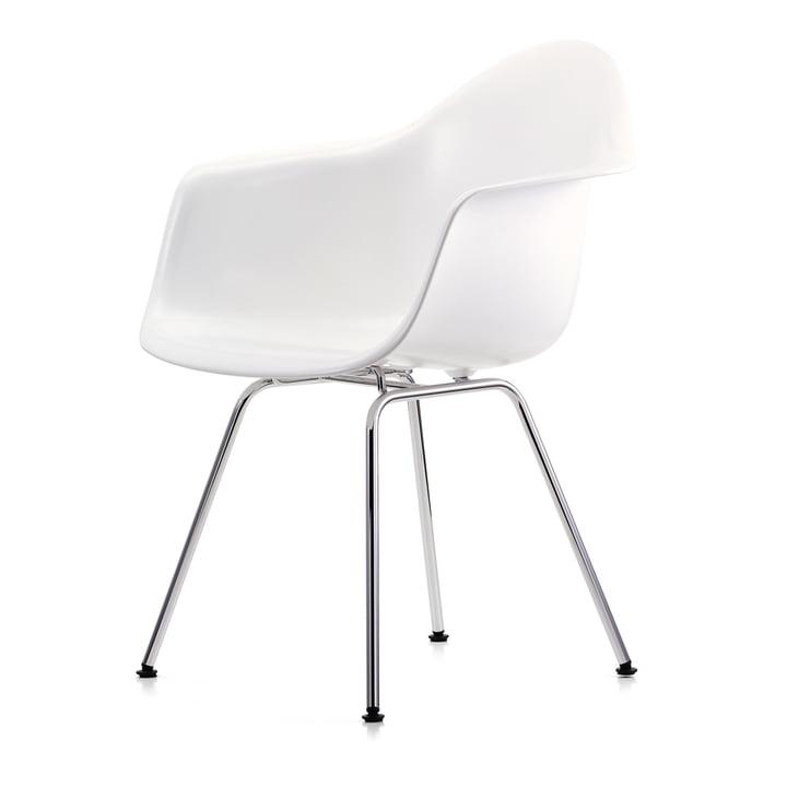 Eames Plastic lænestol DAX af Vitra i krom / hvid