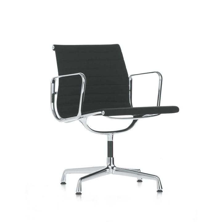 Vitra – Aluminium Chair EA 108 – krom, drejelig, med armlæn, sort Hopsack