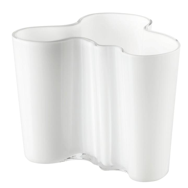 Aalto Vase Savoy 160 mm fra Iittala i opal hvid