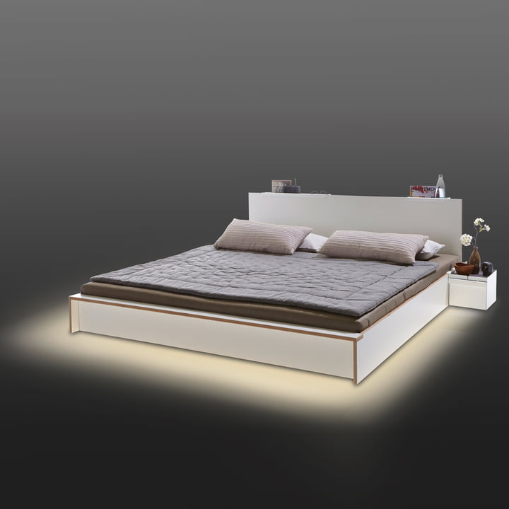 Müller Möbelwerkstätten – LED-belysning til Flai sengen