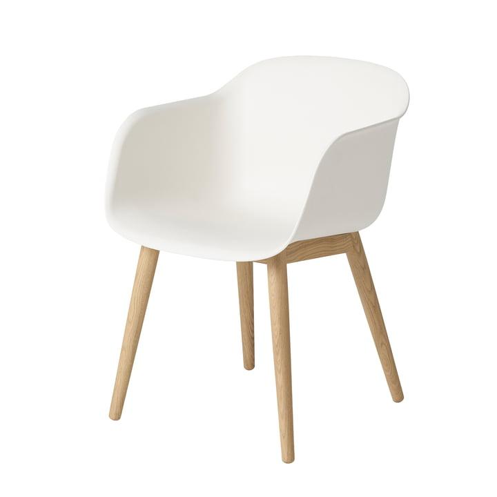 Fiber Chair Wood Base af Muuto i eg / hvid