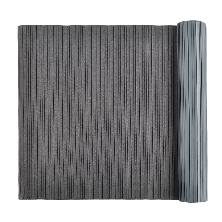 Plisseret bordløber 2 m fra Iittala X Issey Miyake mørkegrå