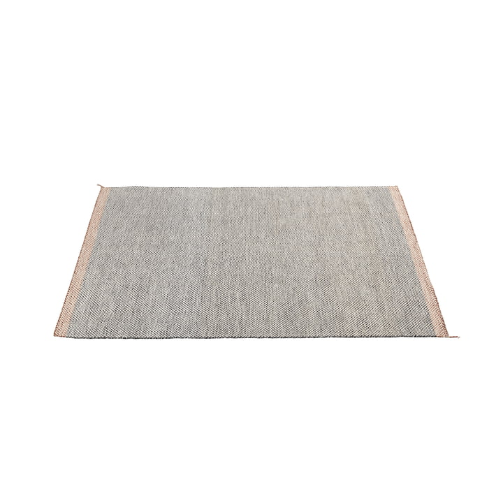 Ply tæppet 170 x 240 cm i sort og hvidt fra Muuto
