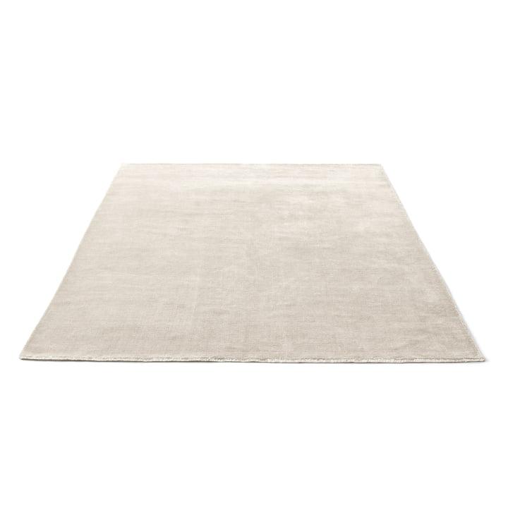 Tæppet Moor AP7 fra &Tradition i størrelsen 200 x 300 cm og farven beige dew