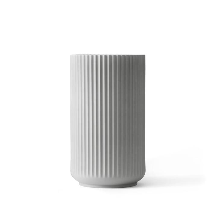 Lyngby Porcelæn – Lyngbyvasen, lysegrå, H 15 cm