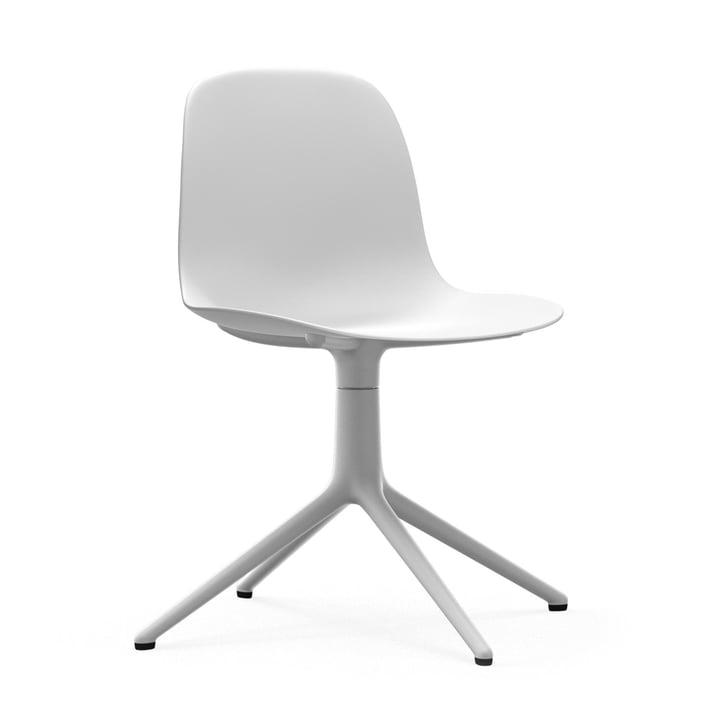 Form drejelig stol af Normann Copenhagen i aluminium hvid / hvid