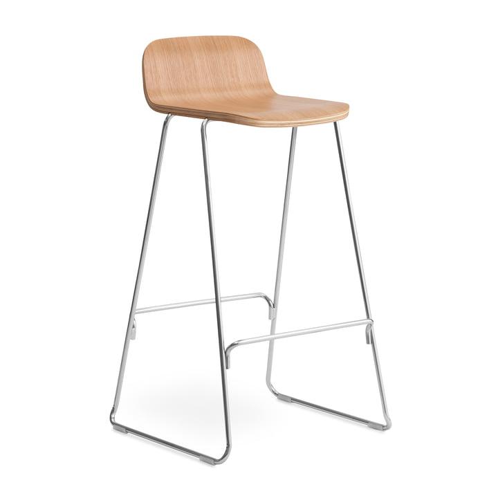 Bare barstol med ryglæn H 75 cm af Normann Copenhagen i naturligt eg / krom