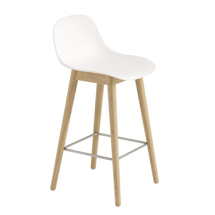 Fiber barstol Wood Base med ryglæn/træstel H 65 cm fra Muuto i ubehandlet eg/hvid