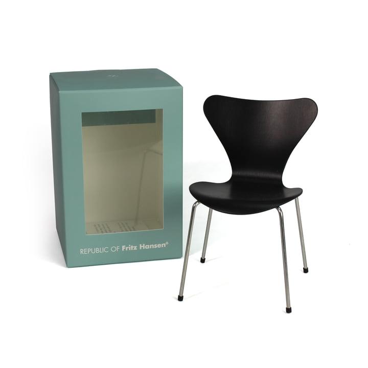Miniature Serie 7 stol fra Fritz Hansen i sort