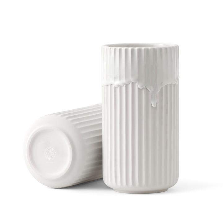 Lyngbyvase med løbeglasur H 20 fra Lyngby Porcelæn i hvid