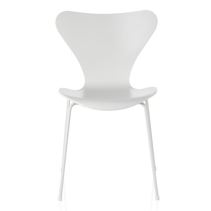 Fritz Hansen - Serie 7 stol, monokrom ask hvid lakeret, 46.5 cm