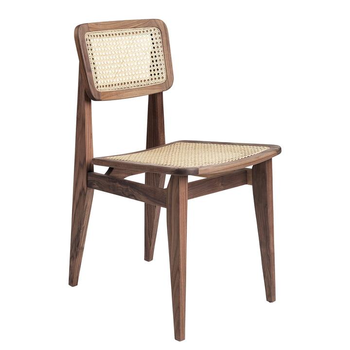 Gubi – C-Chair spisebordsstol, fransk barberflet, amerikansk olieret valnøddetræ