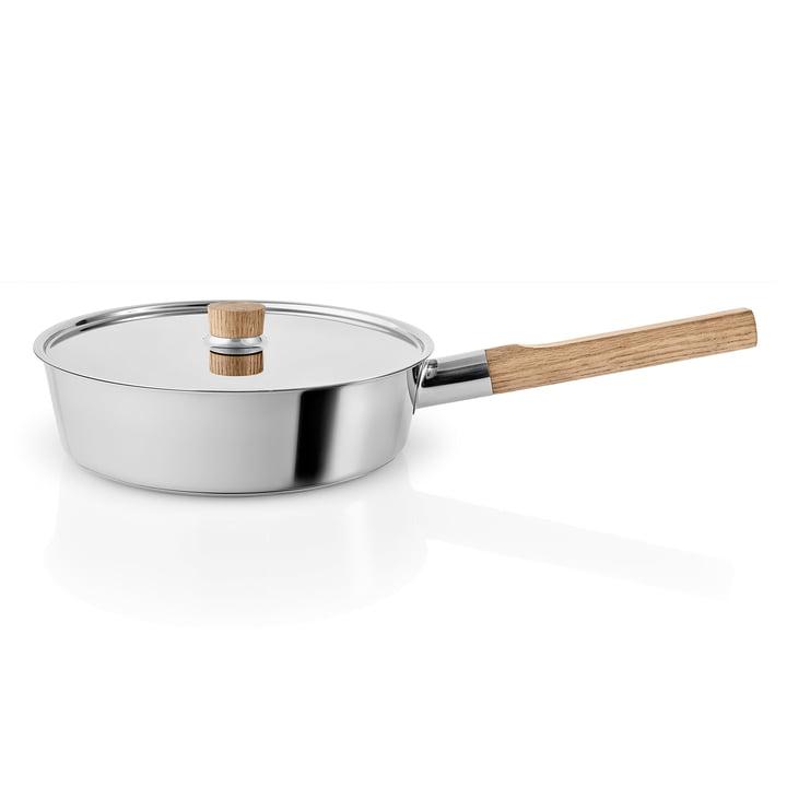 Nordic Kitchen sauté pan med låg Ø 24 cm af Eva Solo i rustfrit stål / eg