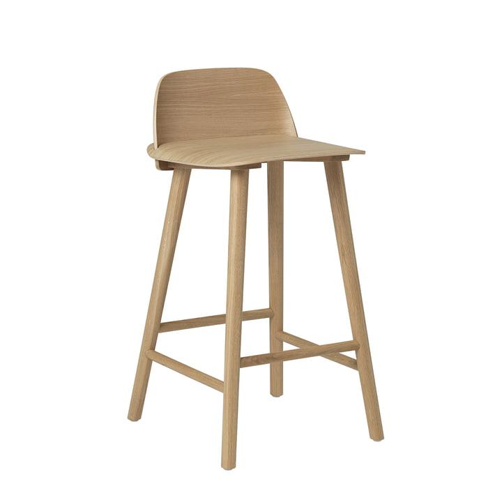 Nørd barstol H 65 cm af Muuto i egetræ
