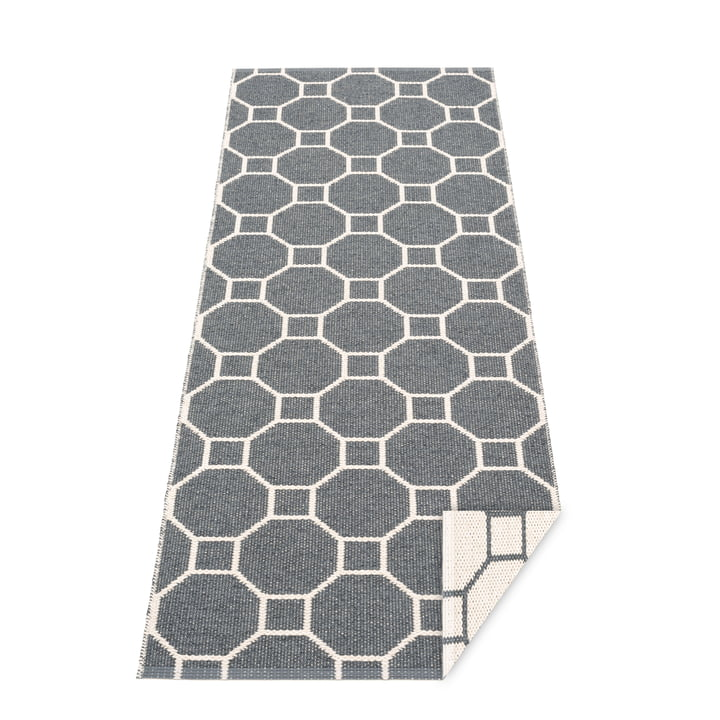 Squeegee reversible tæppe, 70 x 225 cm i granit / vanille af Pappelina