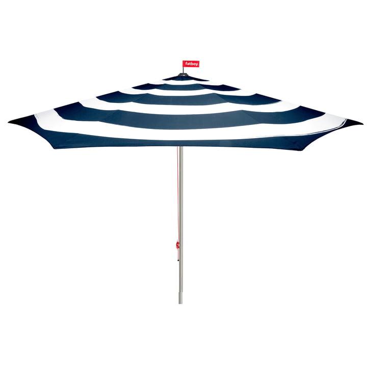 Stripesol parasol af Fatboy i mørkeblå