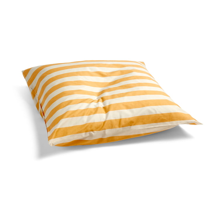 Été Pudebetræk af hø i varm gul