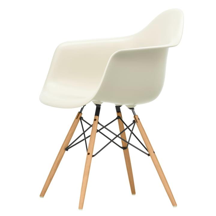 Eames Plastic Lænestol DAW af Vitra i aske honning / småsten