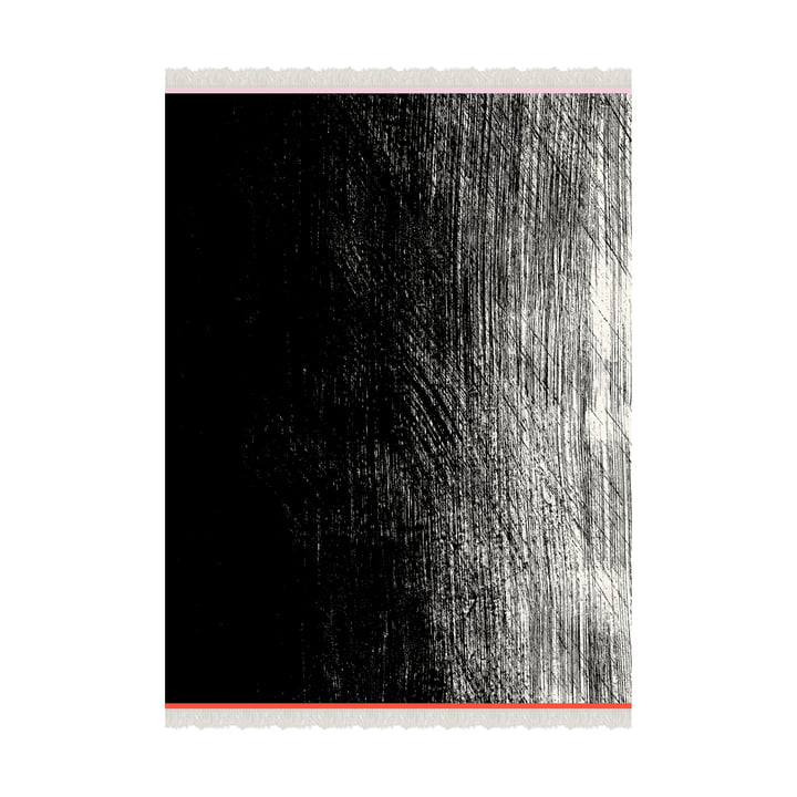 Kuiskaus uldtæppe 140 x 180 cm af Marimekko i sort / hvid / rød