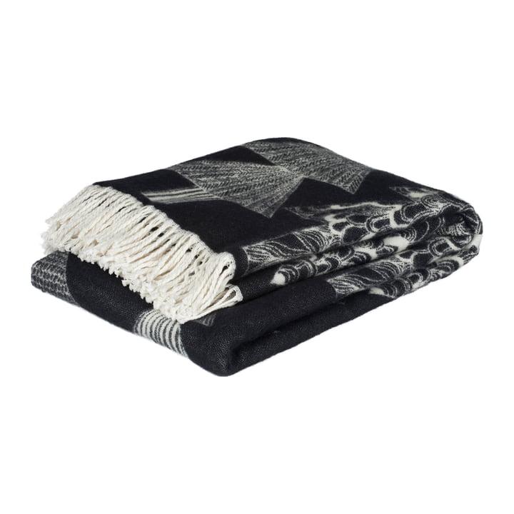 Kuusikossa uldtæppe 130 x 170 cm af Marimekko i sort / hvid