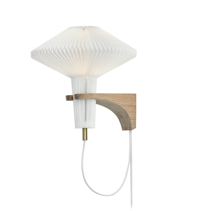 """204 Væglampe """"Svampen"""" af Le Klint i eg / hvid"""