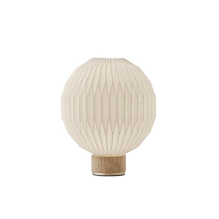 375 Bordlampe lille af Le Klint i eg / hvid