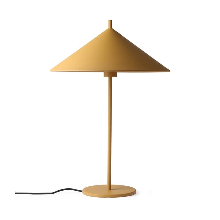 Triangle bordlampe L af HKliving i mat okker