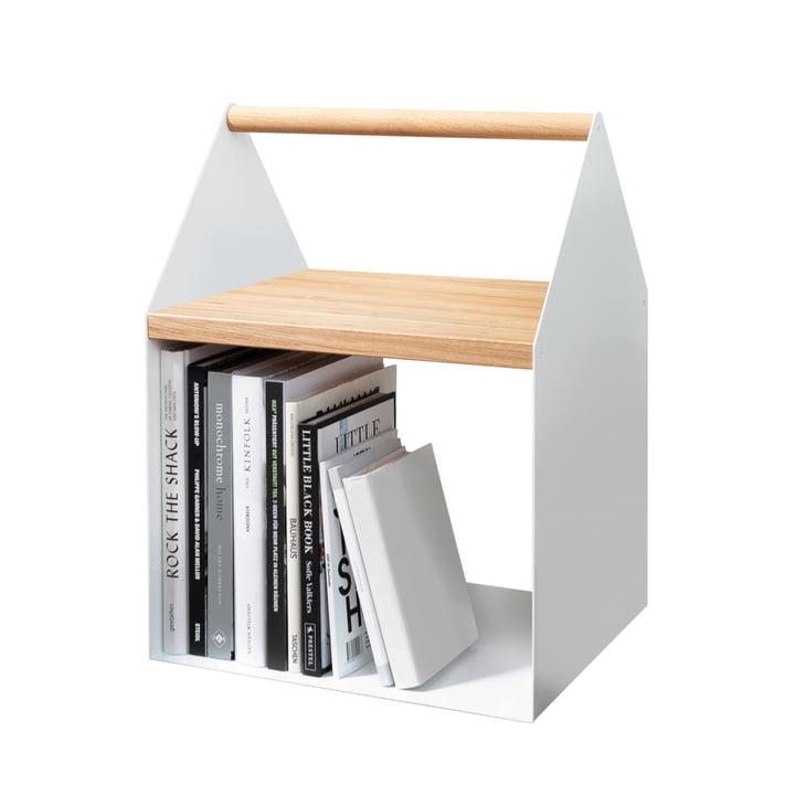Hvidt sidebord med bøgerum