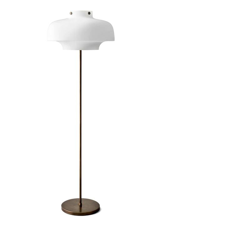 Copenhagen SC14 gulvlampe fra &Tradition i opalglas/bronzeret messing