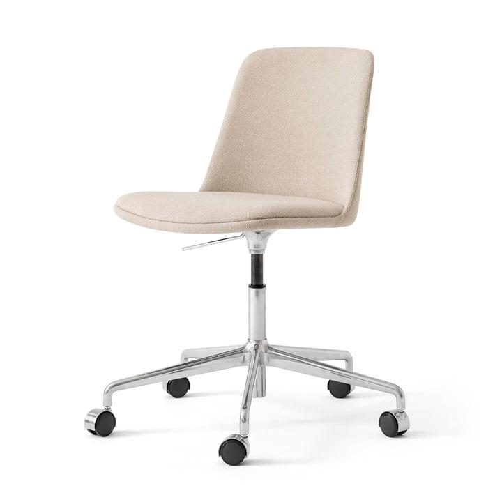 Rely HW31 drejestol fra & Tradition, sand / sølv